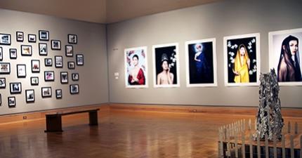 نمایشگاه آثار عکاسی امین جلالی در پاریس